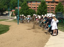 Cancer Center Groundbreaking 5